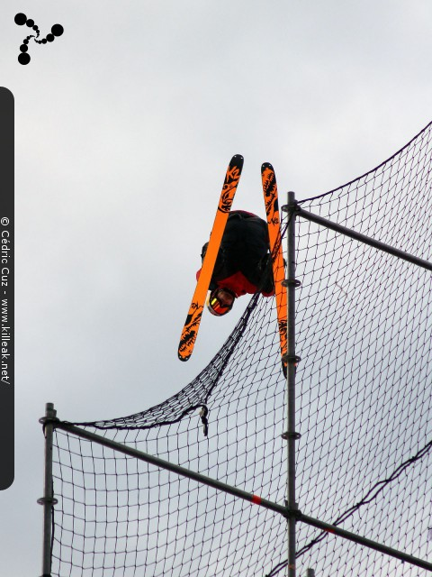 Sosh Big Air 2016 Annecy - le ven. 30 septembre et sam. 01 octobre 2016, Annecy, Haute-Savoie. – « Sosh Big Air 2016 Annecy » – Compétition internationale de ski freestyle sur un big air urbain. – mots associés : big air, freestyle, ski